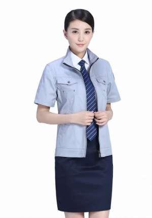 北京衬衫定做来告诉大家;男式衬衫怎么熨烫